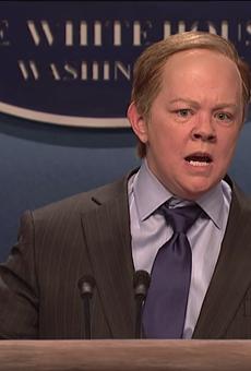 Comedian Melissa McCarthy parodies former White House spokesman Sean Spicer