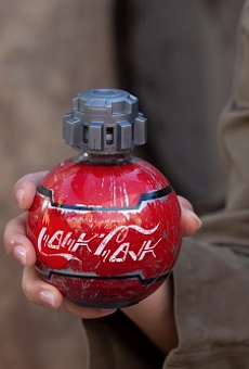 Disney will sell droid-like Coca-Cola bottles at new Star Wars land