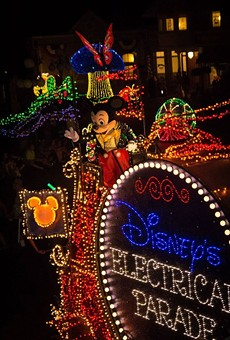 Magic Kingdom says goodbye to the Main Street Electrical Parade