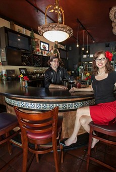 New liquor laws would ease regulations for small and mid-sized restaurants