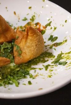Samosas at El Vic's Kitchen