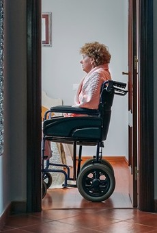 Florida officials considering nursing home visits without COVID-19 tests