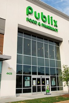 Family of a Florida Publix employee who died of COVID-19 files wrongful death suit against the grocery chain