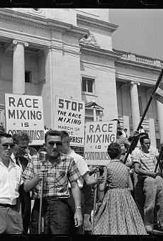 A rally against integration in Little Rock at the state capitol in 1959.