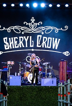 Sheryl Crow holding court at the Frontyard Festival