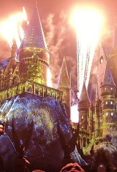 Universal's new Harry Potter Christmas light show is pretty incredible