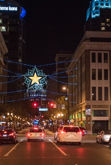 Orlando's Jack Kazanzas Christmas star comes to downtown this weekend