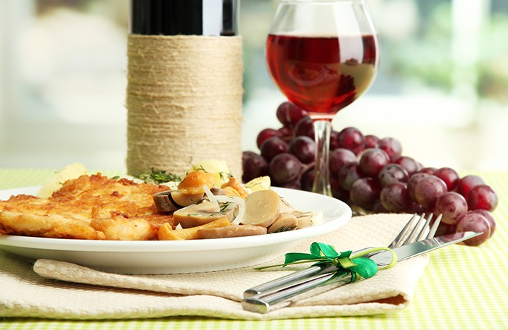 gal_sel_downtown_food_and_wine_shutterstock_113641321.jpg