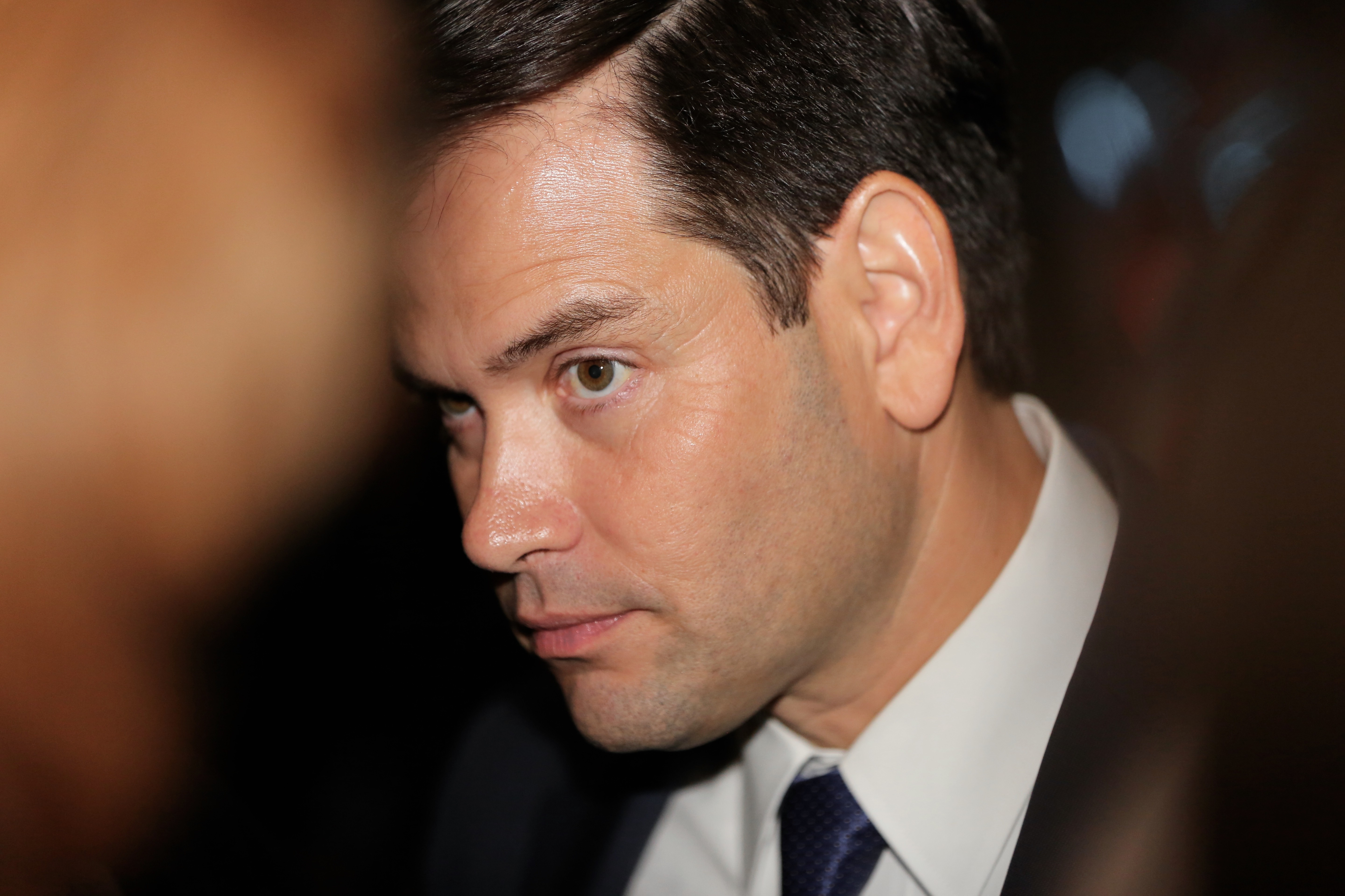 rubio asks followers to vote for rick scott after promise not to