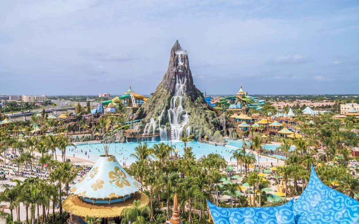 Universal Orlando is looking to hire 3,000 new team ...