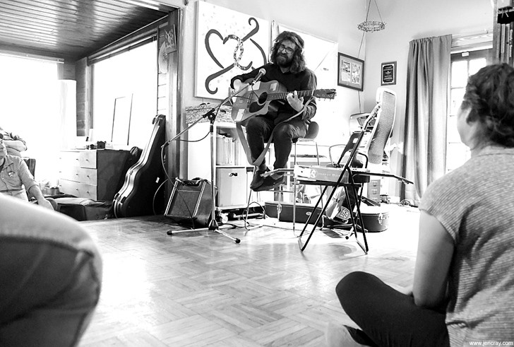 Lou Barlow house show - JEN CRAY