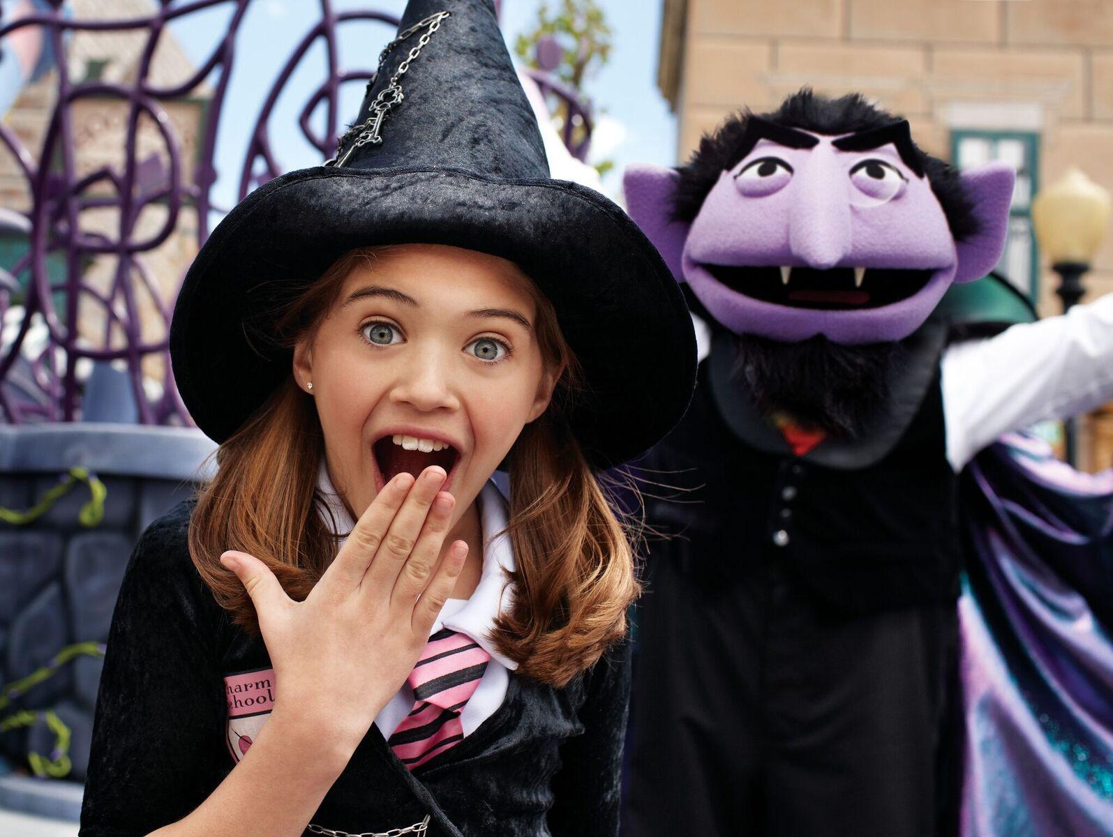 Halloween Spooktacular Seaworld.Seaworld S Halloween Spooktacular Returns For Another Year