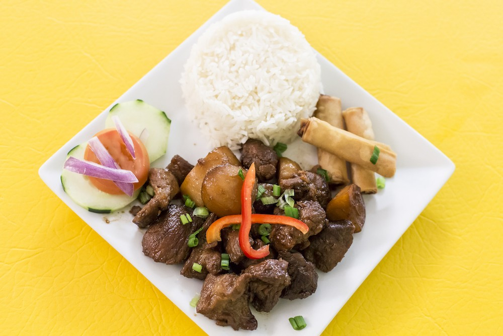 Traditional Dishes At Filipino Restaurant Inay S Kitchen Are