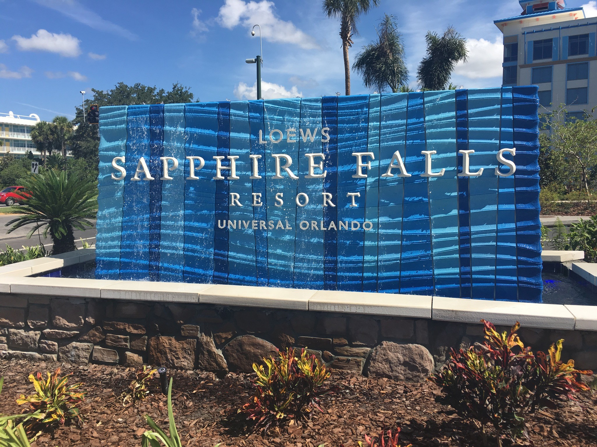 Loews Shire Falls Resort At Universal Orlando Is Now Open To Guests But That Doesn T Mean It S Entirely Finished Photos By Seth Kubersky