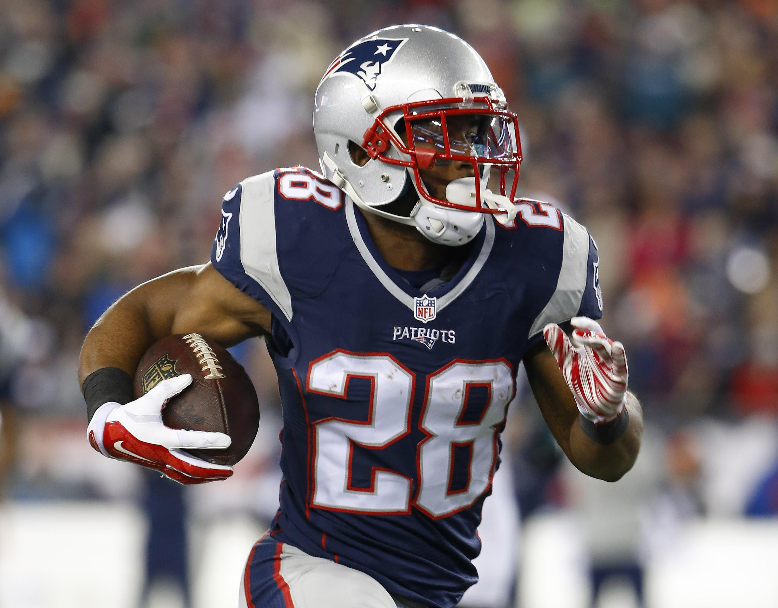uk availability 70479 2de16 Super Bowl LI champion James White is heading to Disney ...