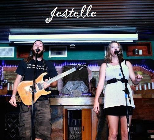 Jestellle - PHOTO VIA JESTELLE/FACEBOOK