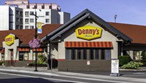 Florida man with hepatitis A sues Denny's