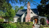 This storybook cottage near the Country Club of Orlando just hit the market