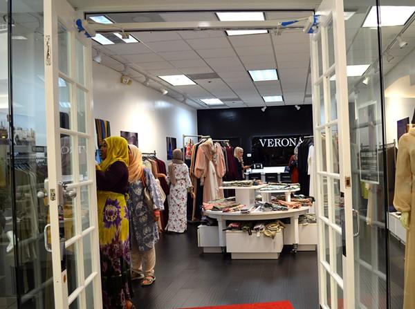 Modest Muslim Boutique Opens In Orlando Fashion Square