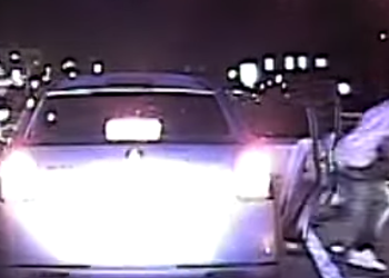 Orlando police officer gets run over at traffic stop, suspects still at large [video]