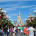 Here's how many calories you can burn walking around Orlando theme parks