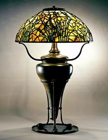 dbbb5b16_daffodil_table_lamp_2_.jpg