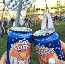 de58b042_bs_at_lawn_on_d.jpg