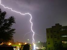 fc0aff8b_lightning_2_stock_edited-1_copy.jpg