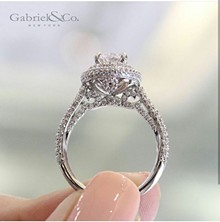 a5787c19_engagement_ring_for_yelp5.jpg