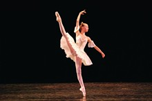 5b2be37c_ballet-dancer-feet.jpg