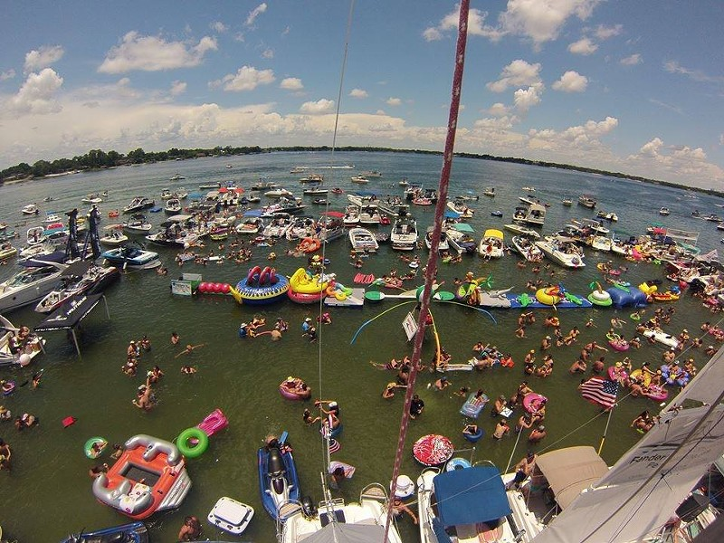 via Lake Conway Wipeout