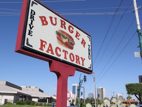 Burger Factory closes its doors after two decades in the Valley. - EVIE CARPENTER