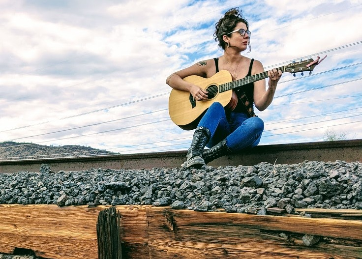 Singer Katie Mae takes a free-flowing approach to country. - KATIE MAE