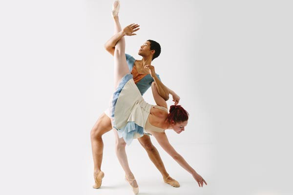 Alan Obuzor and Kelsey Bartman of Texture Contemporary Ballet
