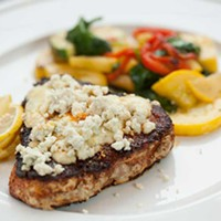 Matteo's Black and blue seared tuna Photo by Heather Mull