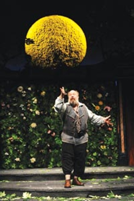 Bottom's up: John Ahlin in Pittsburgh Public Theatre's A Midsummer Night's Dream