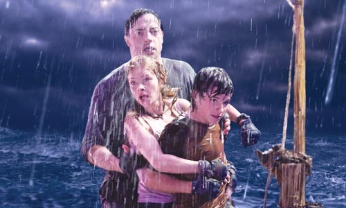 Brendan Fraser, Anita Briem and Josh Hutcherson get drenched at the Center of the Earth