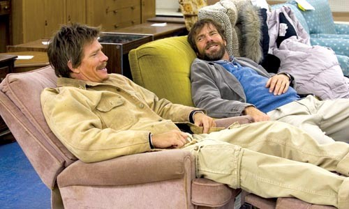 Brothers in armchairs: Thomas Haden Church and Dennis Quaid