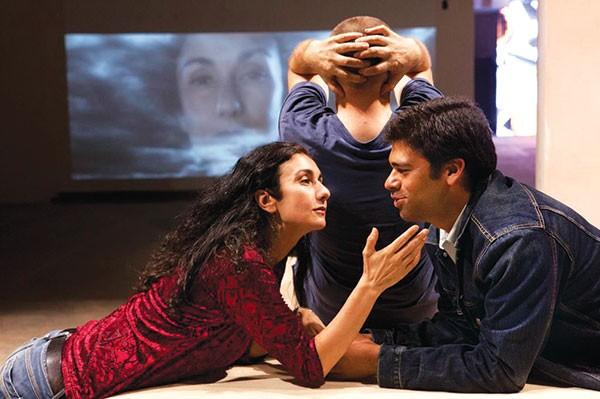 Carolina Loyola-Garcia, Malcolm Tulip (back to camera) and Anand Nagraj in Quantum's Mnemonic.