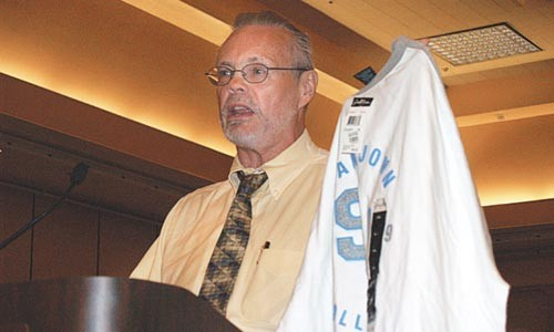 Charlie Kernaghan at a United Steelworkers event in 2008. - PHOTO COURTESY OF UNITED STEELWORKERS