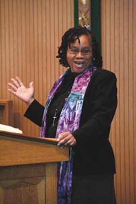 COR Pastor Denise Mason gives a sermon - HEATHER MULL