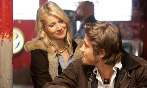 Corny duet: Gwyneth Paltrow and Garrett Hedlund