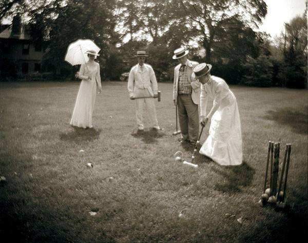 """Croquet I"" (2000), a photograph by Vik Muniz. Image courtesy of the Frick Art & Historical Center."