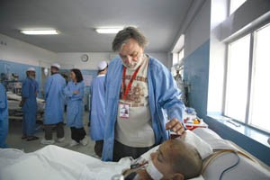 Dr. Gino Strada sees patients in Emergency's Intensive Care Unit in Kabul. - ALL PHOTOGRAPHS BY RENEE ROSENSTEEL