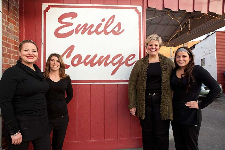Emil\'s Lounge | Dining | Pittsburgh | Pittsburgh City Paper