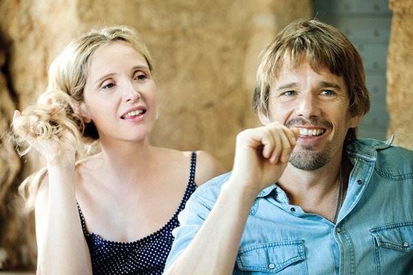 Enjoying the daylight: Julie Delpy and Ethan Hawke