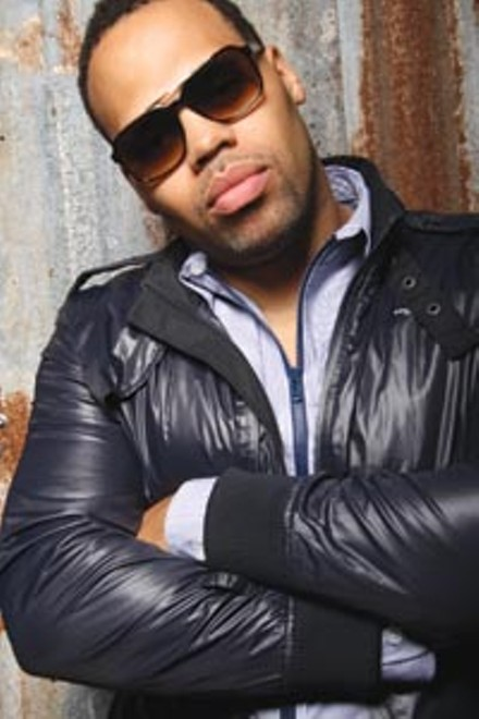 Eric Roberson at the Gallery Crawl