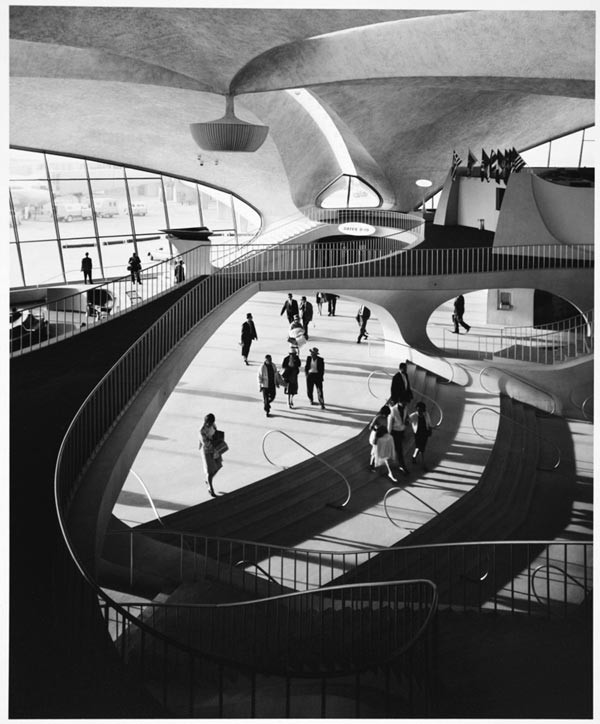 "Ezra Stoller's ""TWA Terminal Interior, 1962"""