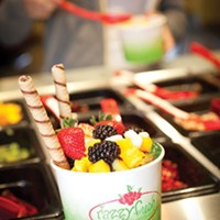 Fruit <i>and</i> cookies: You choose the toppings, at Razzy Fresh.