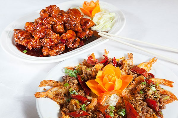 General Tso's chicken and prawns with minced pork - PHOTO BY HEATHER MULL